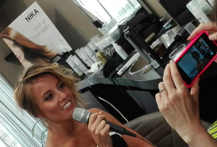 Social Media Live per Tania che racconta in diretta la sua Beauty Experience