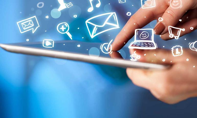 Quello che puoi fare con il Web: invio e ricezione e-mail, gestione social network, inserimento contenuti multimediali...