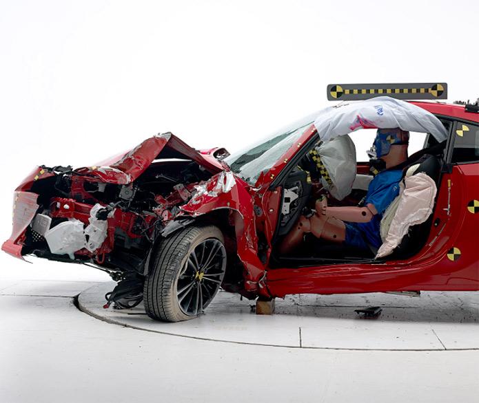 sicurezza stradale test crash